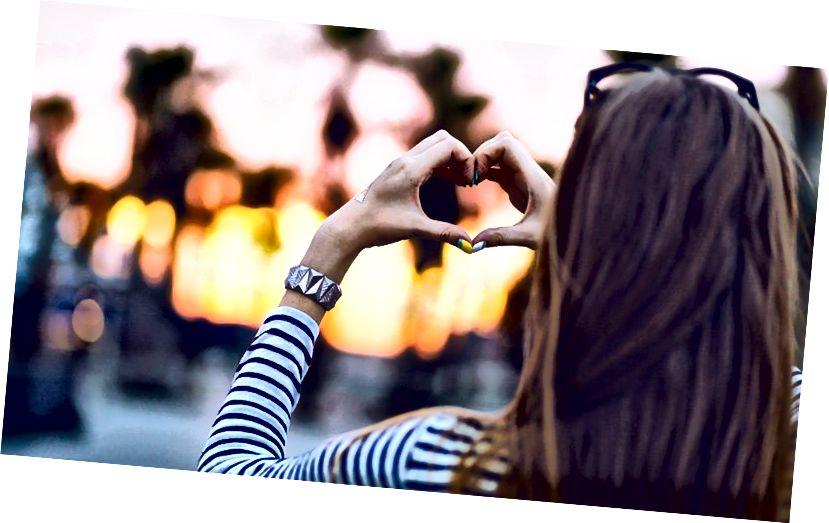 हम उस प्रेम को स्वीकार करते हैं जिसके हम हकदार हैं