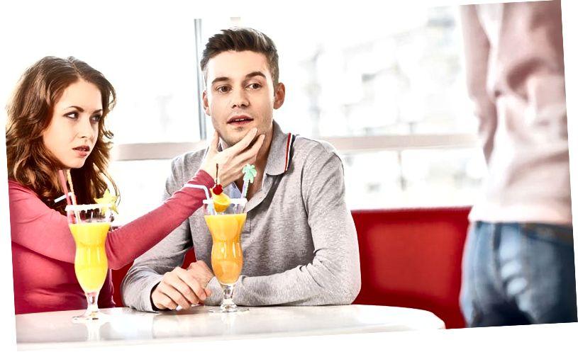 पुरुष उन तारीखों पर करते हैं जो महिलाओं को परेशान करती हैं