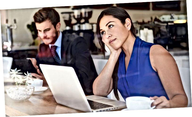 सभी लोग ऑनलाइन डेटिंग पर क्यों चूसते हैं?
