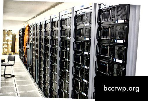 Rozdíl mezi serverem a databází