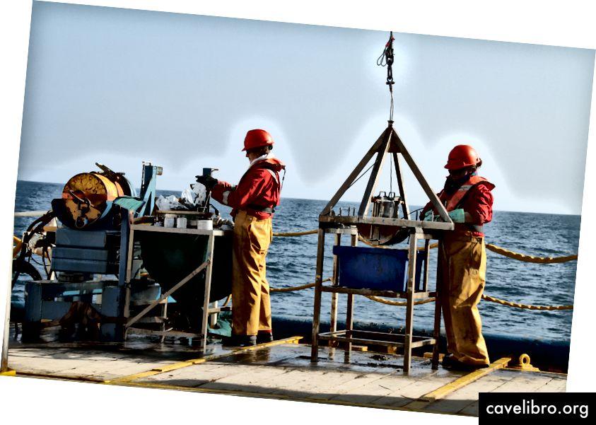 A tengeri fedélzet tengerfenékének mintavétele