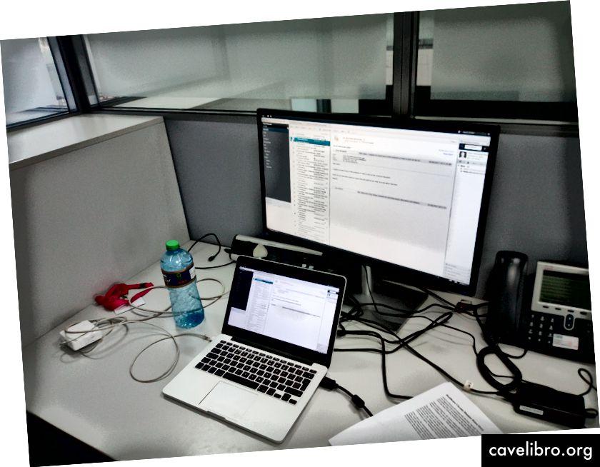 Mon bureau au labo