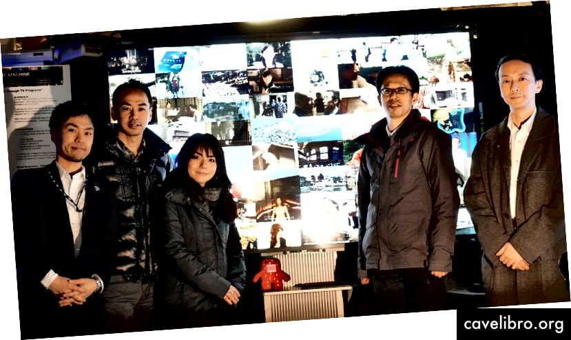 (l-r) Takahito Ito s kolegami z NHK Ichitaka Takaki, Yukiko Oshio, Hisayuki Ohmata a Kinji Matsumura na jarnom týždni členov organizácie Media Lab. Kredit: MIT Media Lab