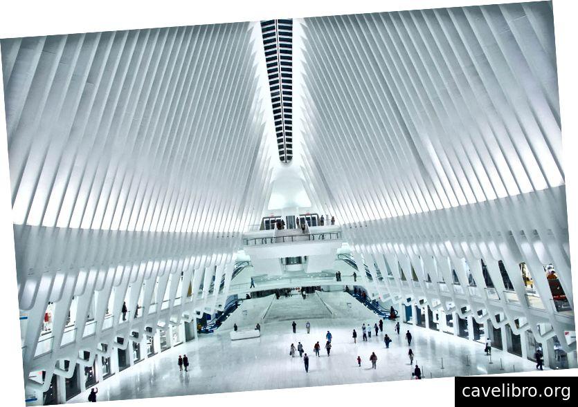 Hình: Nội thất của Oculus. Nguồn: Wikipedia