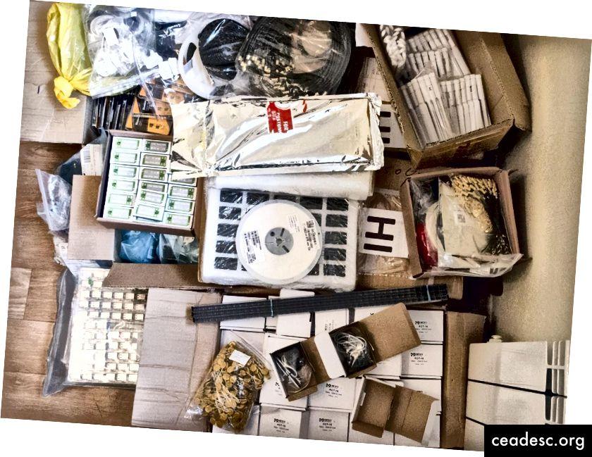 Todos los componentes que llegaron a nuestra oficina.