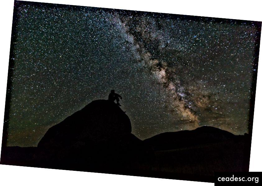 """""""Es atradu sevi sēžam uz klints, skatīdamies zvaigznes"""", sacīja neviens. Tas darbojas, un bieži tas ir neērti."""
