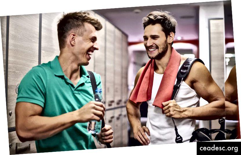 Guy à droite: