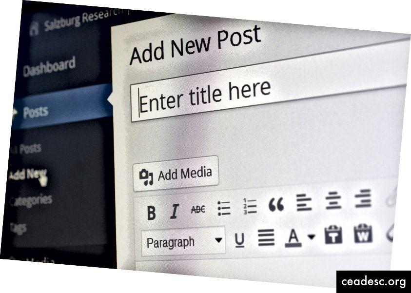 ProBlogger qanuni yazı və blog işi tapmaq üçün populyar bir yerdir. Şəkil mənbəyi: https://pixabay.com/photos/wordpress-blogging-blogger-editor-265132/