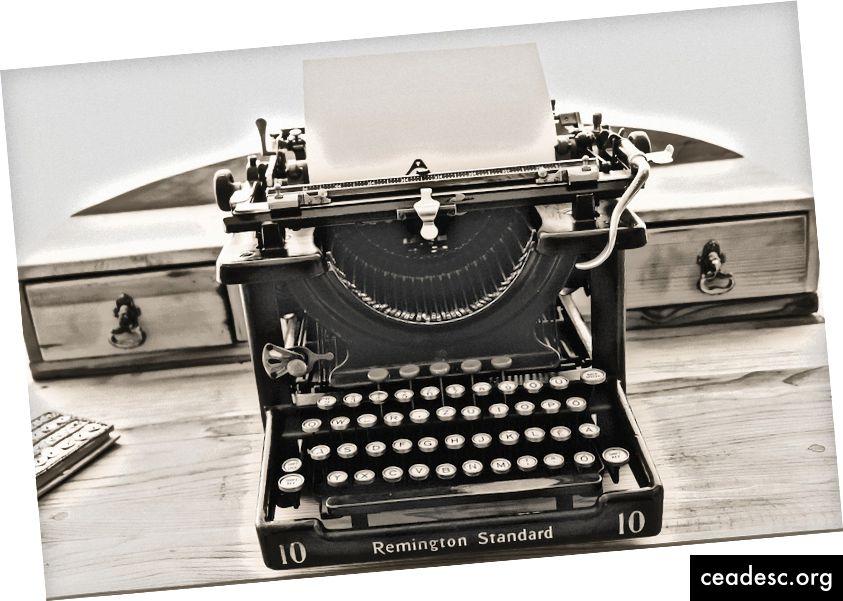 İş yaz, iş üçün getmək üçün ikinci ən yaxşı yerimdir. Şəkil mənbəyi: https://pixabay.com/photos/typewriter-vintage-old-1248088/