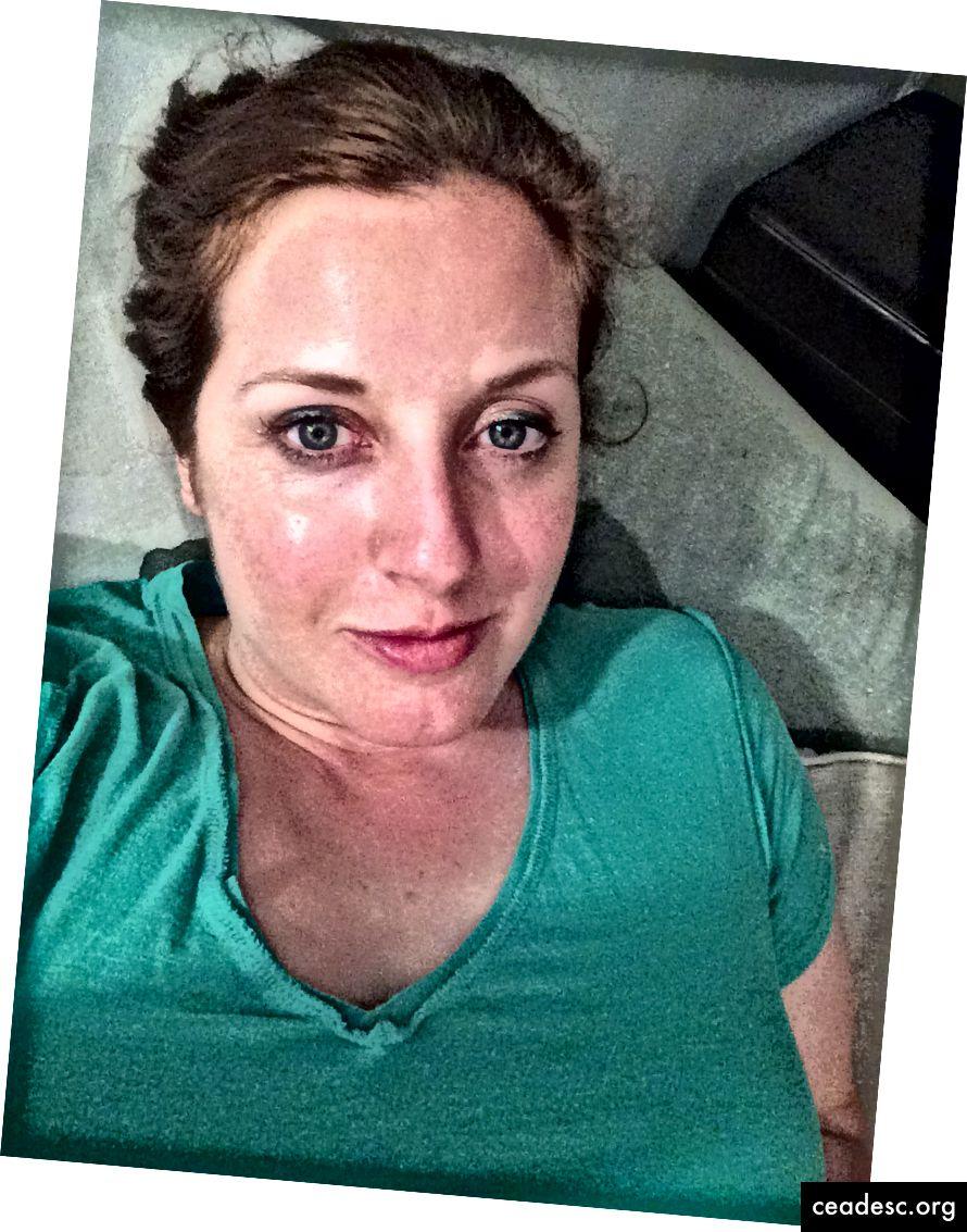Les eye-liners de Sephora sont mes préférés. Ici, je porte l'un de leurs verts les plus brillants.