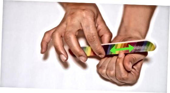 Droge nagelriemen voorkomen