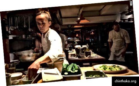 Изображение на готвач в Chez Panisse