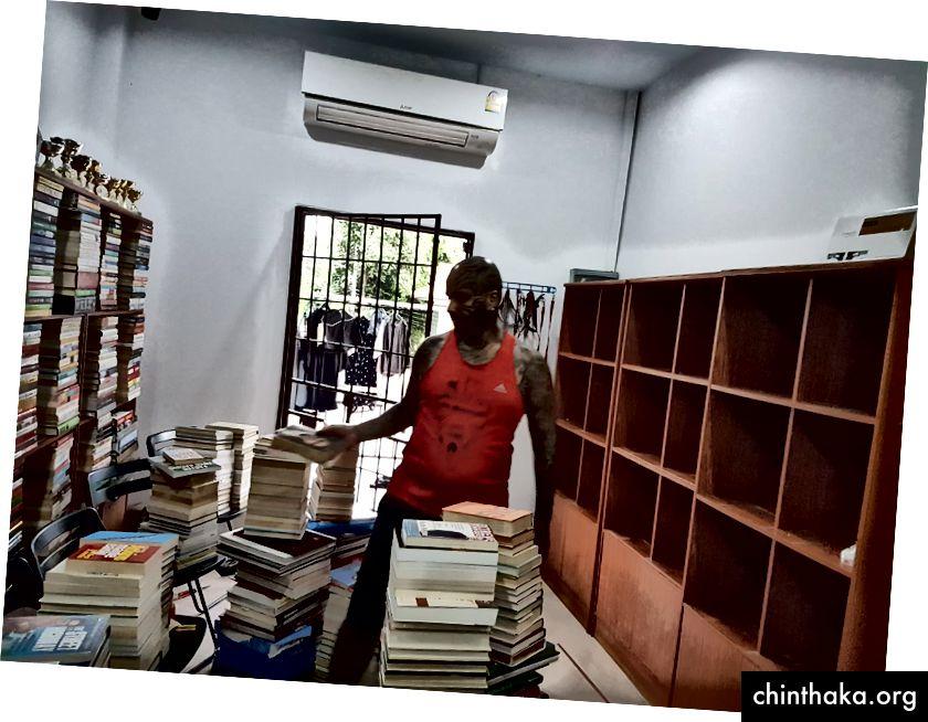 Bücher Sortieren um 15 Uhr