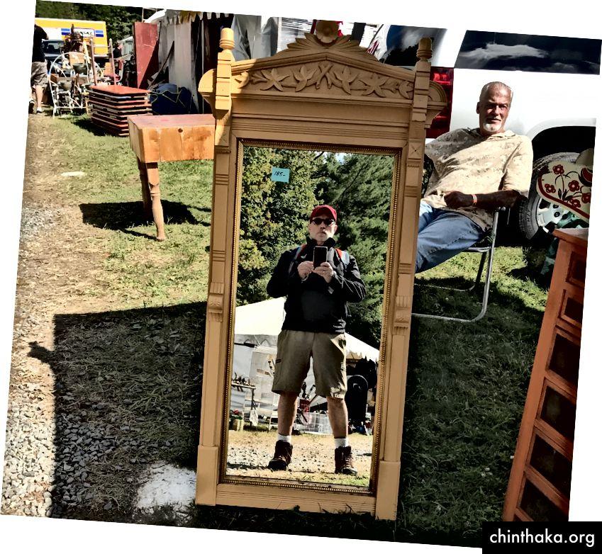 Mig, spejlet og Holbein-posen.