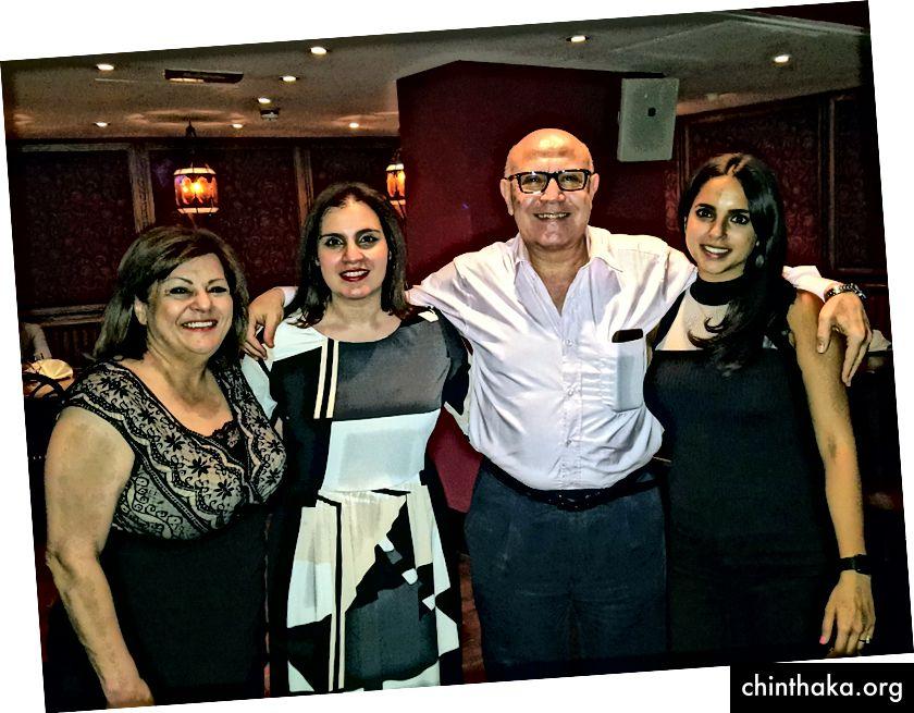 Meine Feier vor der Chemotherapie und dem Einfrieren von Eiern, einige Tage vor Beginn der Chemotherapie. Foto von Sherif Mekhail.