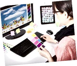 นักออกแบบกราฟิกในที่ทำงาน ตัวอย่างสี