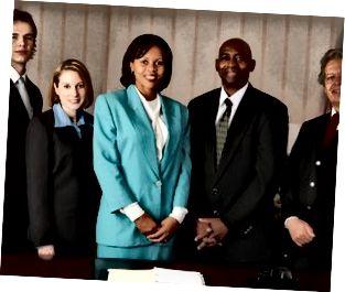 Ritratto di sorridere dei colleghi di lavoro