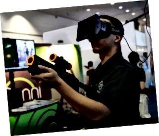 Gamingfirmaer fremhæver deres seneste produkter på den årlige E3-spilindustrikonference