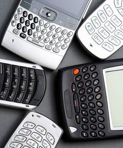Blandade mobiltelefoner och handdatorer