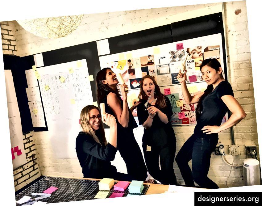 Rachel Hobart, Sahana Kumar, Hailey Stewart und Fran Wang von links nach rechts. (Foto mit freundlicher Genehmigung von Frosch Design)
