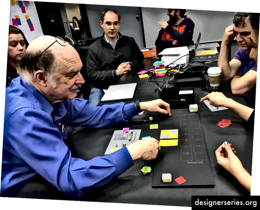 Dr. Charles Bennett, IBM Fellow și pionier în domeniul științei informației cuantice, ne oferă feedback cu privire la a doua iterație a jocului nostru.