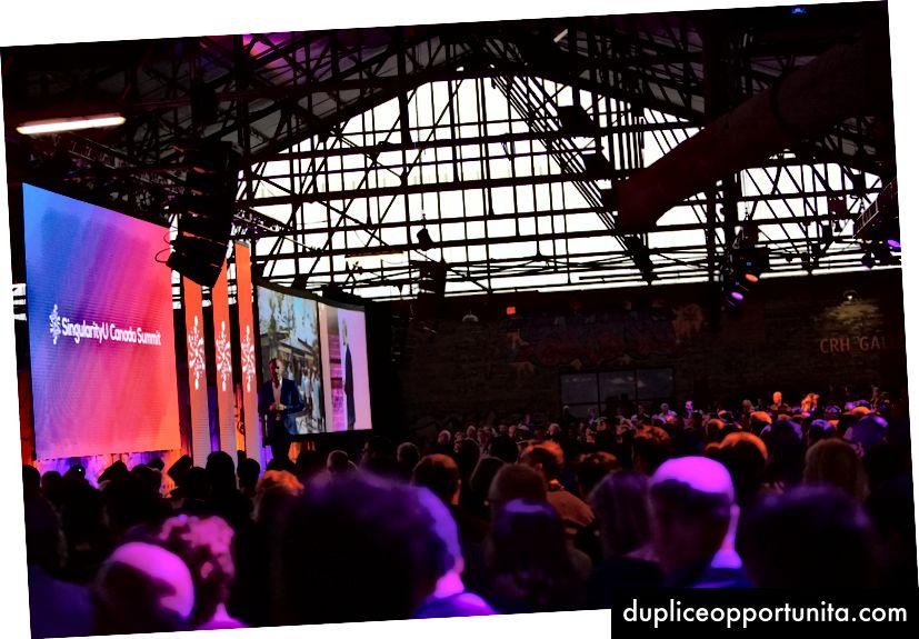 Il Summit della Singularity University Canada a Toronto prende il via con un grande evento a Evergreen Brickworks, e imparerò di più su bitcoin e blockchain.