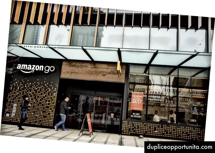 Il negozio di alimentari Amazon Go a Seattle. Fotografo: David Ryder / Bloomberg