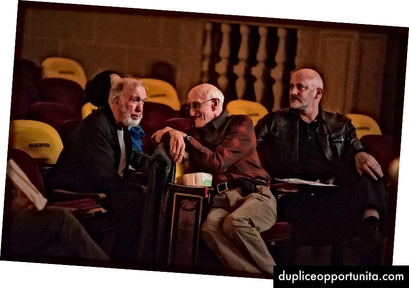 Кевин Кели, Стюарт Бранд и изпълнителният директор на Лонг Александър Роуз. Гари Уилсън