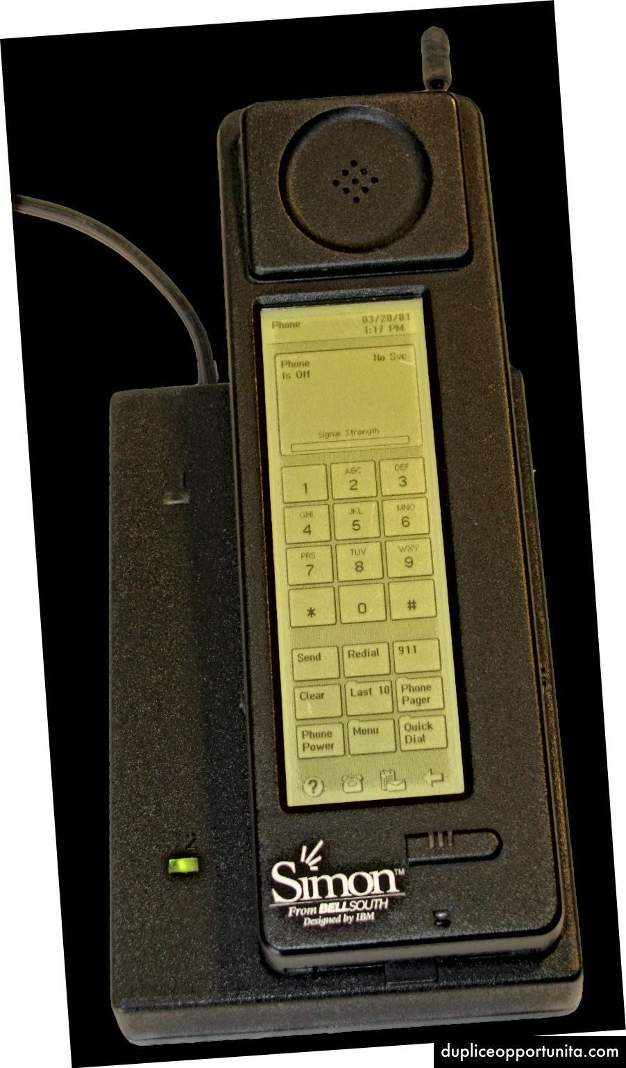 """IBM Simon, ensimmäinen """"älypuhelin"""" (Kuvahyvitys: Wikipedia Commons)"""