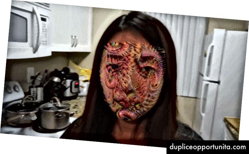 En DeepDream-esque camouflage-maske, der er lagt på en video af en persons ansigt. Foto: Jiajun Lu, Hussein Sibai og Evan Fabry