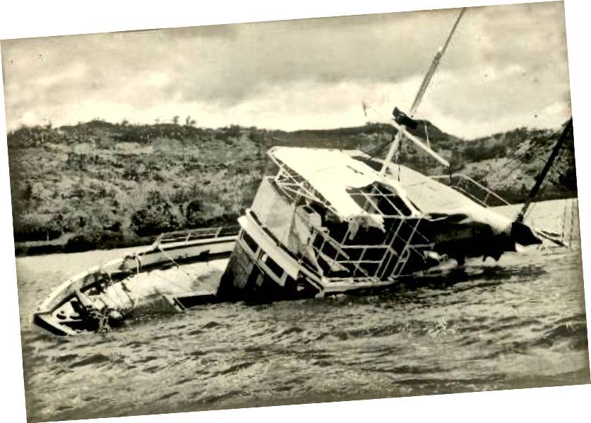 Будівництво М. В. Джоїти на берег / Вікісховище