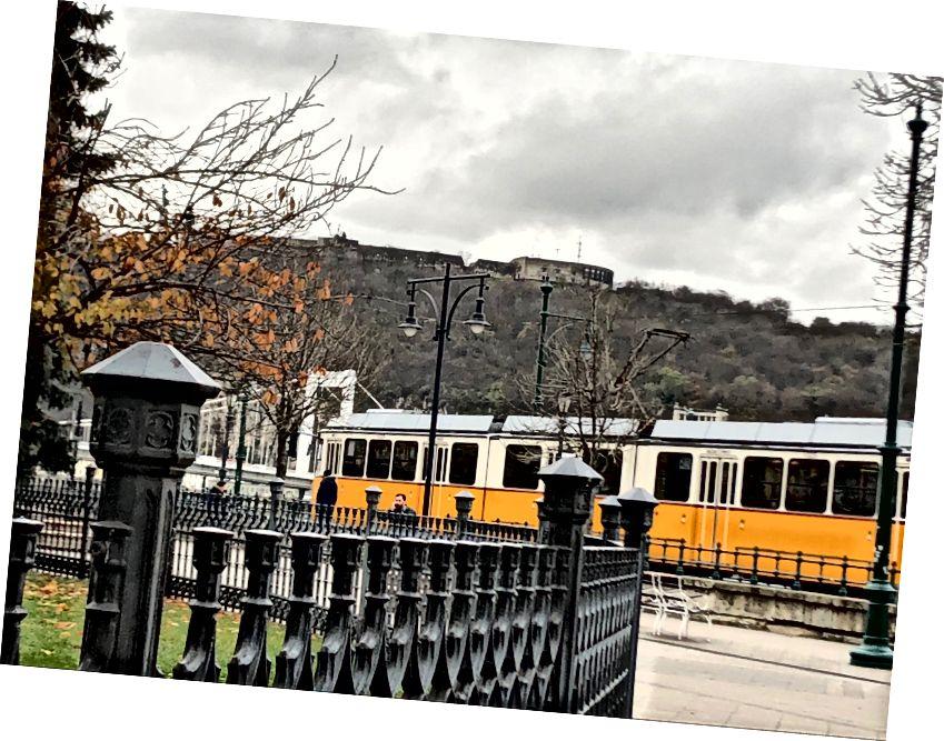Tram 2, Budapeşte