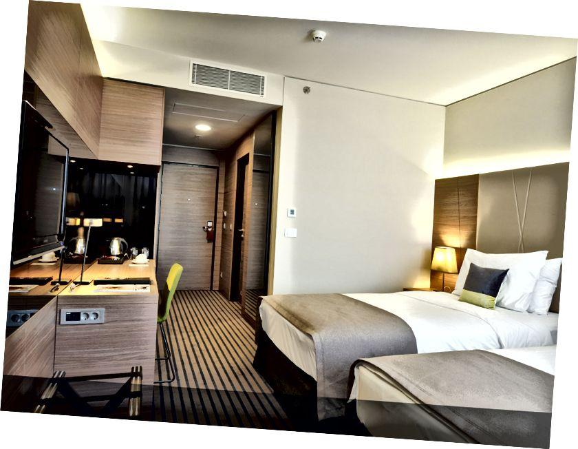 Radisson Blu Plaza Hotel'de yatak odası konaklama