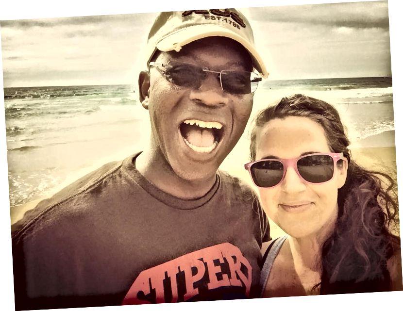 Mieheni ja minä Bondi Beachillä Sydneyssä, Australiassa.