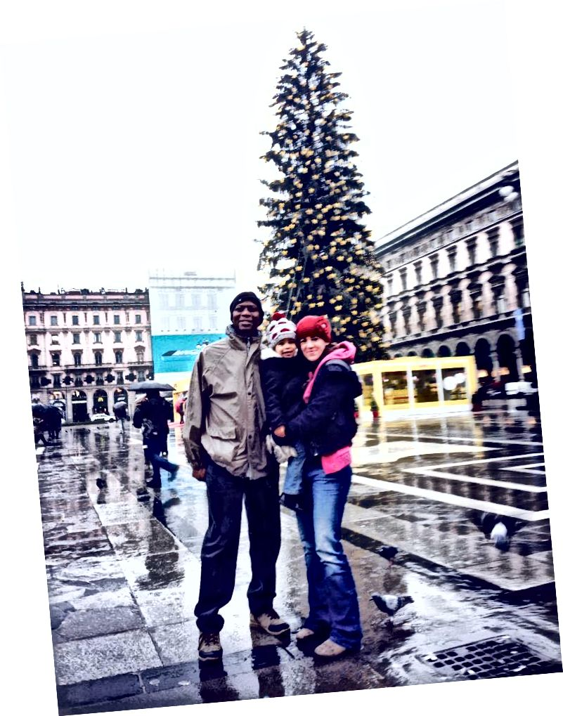 Perheemme vierailee joulumarkkinoilla Milanossa, Italiassa.