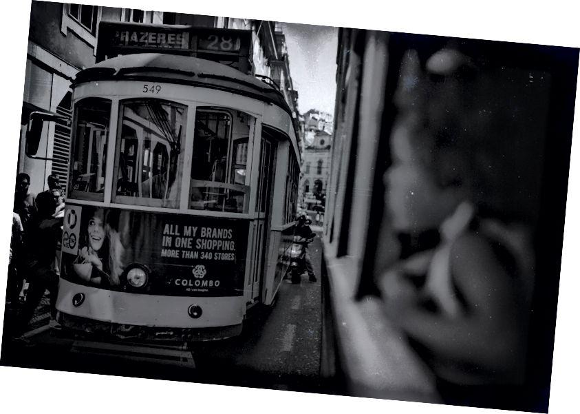 Xe đẩy đường phố Lisbon - Ảnh Arthur Vallin Giám đốc sáng tạo HarleyandCompany