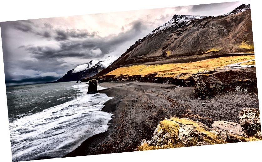 Eystrahorn dağ ve siyah kum plaj, Höfn Stapavik Rock