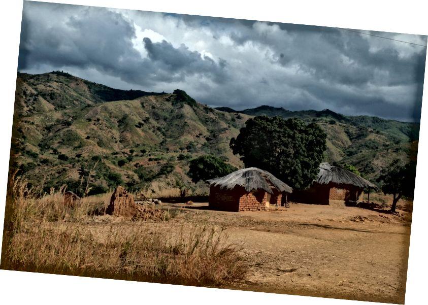 Одне з мальовничих сіл на поході між Rwarwe та Usisya