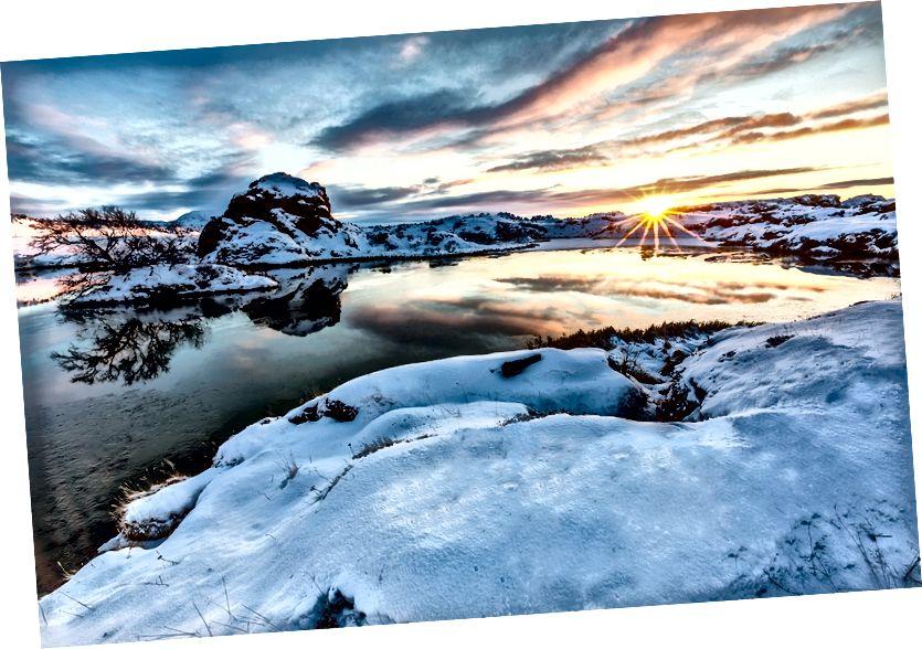 Lake Myvatn, Klasar gün batımında