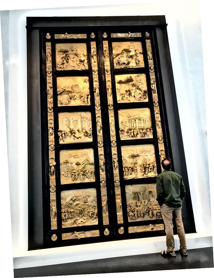Нещодавно до постійної колекції Музею мистецтв Нельсона-Аткінса в Канзас-Сіті, штат Міссурі, нещодавно додали копію «Райських воріт Гіберті». Оригінальні ворота знаходяться у баптистерії Святого Іоанна у Дуомо у Флоренції. Лоренса Гіберті, золотар і скульптор, створила ворота 1425-1452. | Фото: К. Юнг