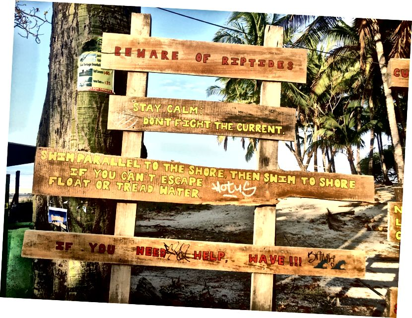 Rip geçerli uyarı işareti Banana Beach