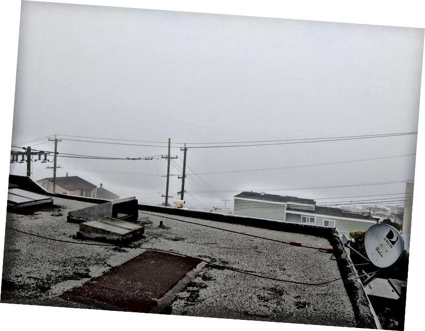 Từ trái sang phải: trạm Van Ness MUNI, sữa (Sargent St), nhiều sữa hơn (nhìn từ địa điểm Airbnb của chúng tôi)