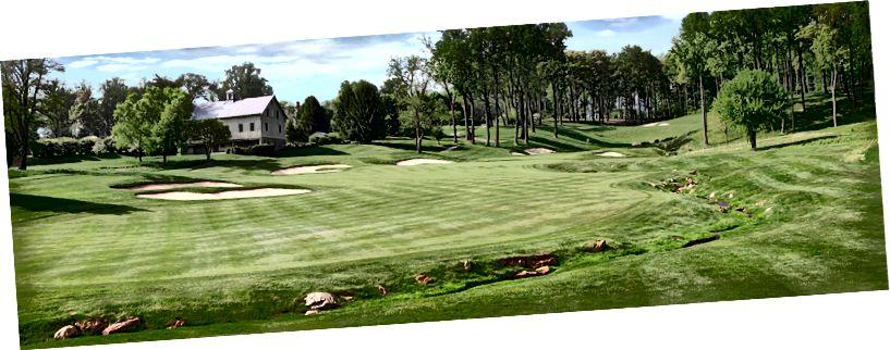 Caves Valley Golf Kulübü, Owings Mills, MD. Oyuna aşık olduğum sterlin bir Tom Fazio pisti.