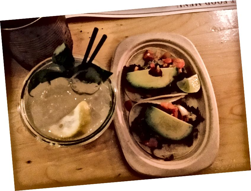 Ngay cả khi đưa ra tất cả các lựa chọn thực phẩm tôi có thể thử, tôi chỉ có tacos. Tôi rất nhớ Chipotle.