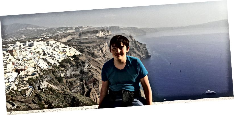 On bir yaşındaki Santorini ile tanışıyor