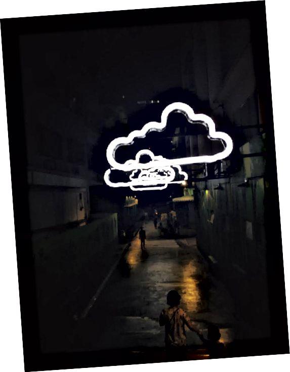 KL'de ziyaret etmek için en sevdiğim sokaklardan biri - Bir sürü sonsuz neon bulut