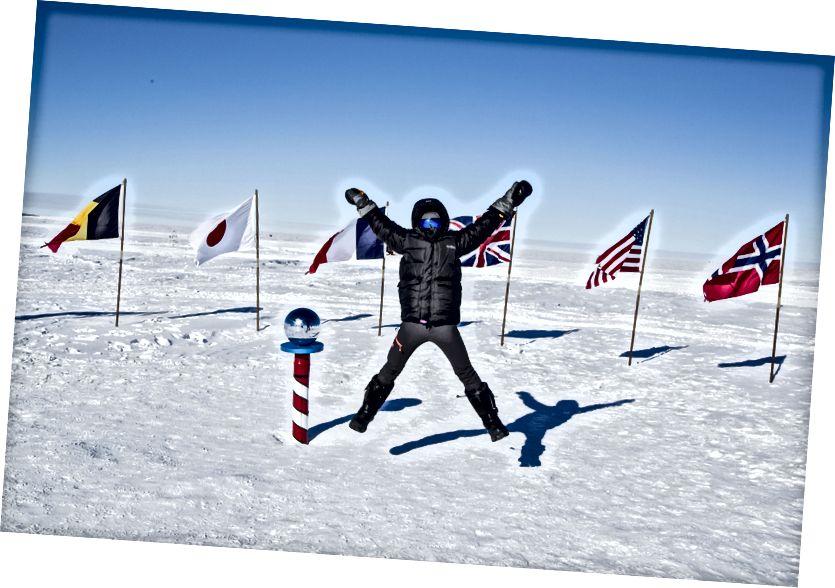 Yo en el Polo Sur Ceremonial, Antártida
