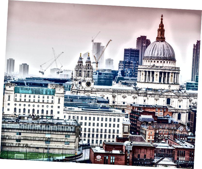 Güzel, ama kötü. Londra'ya hoşgeldiniz! Fotoğraf: Kevin Grieve Unsplash