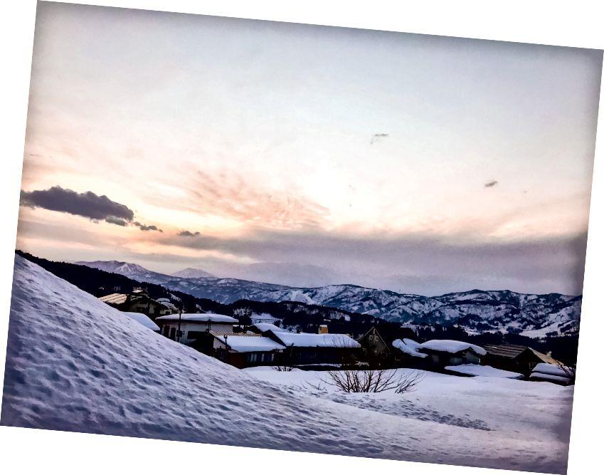 Залазак сунца над Нозавом Онсен. Пхото би ме