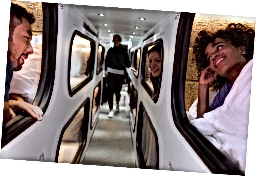 Cabin hành lang tầng hai